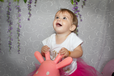 Cake smash photography Cardiff
